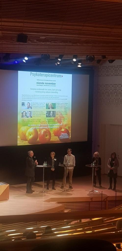 Avslutande Paneldebatt. Från Vänster: Stephan Hau, Camilla von Below, Nick Midgley, Marianne Leuzinger-Bohleber och Hanne Strømme
